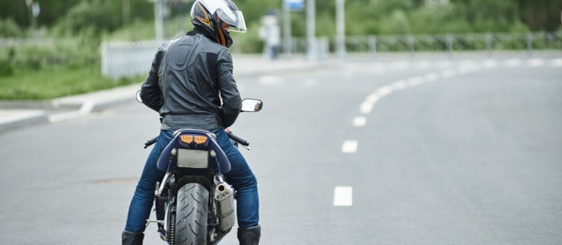 10 Safety Tips for Two Wheeler Owners