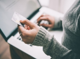 3 easy methods of paying your credit card bill from another bank account